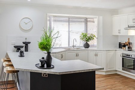Kitchen Facelift, Woodside